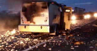 Assaltantes usaram explosivos para ter acesso a dinheiro do carro forte
