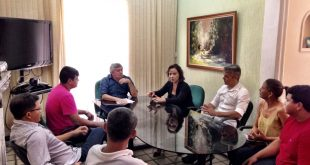 Larissa se reuniu com o superintendente do Instituto Nacional de Colonização e Reforma Agrária (Incra), Leonardo Guedes