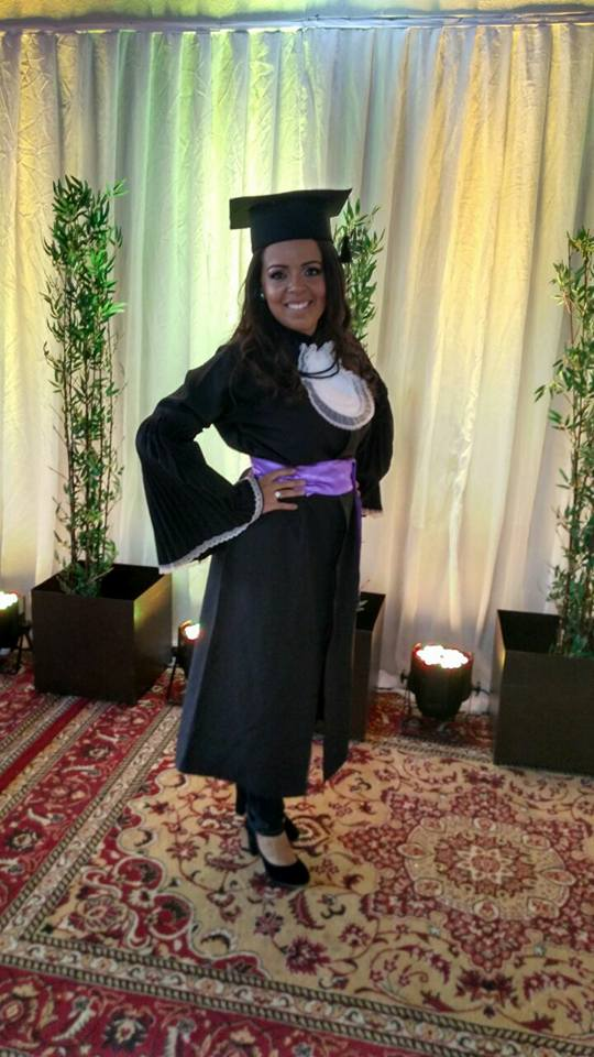 Aniversariante de amanhã minha amiga e agora Pedagoga Flaviana Cardoso para quem desejamos felicidades mil. Vivas!