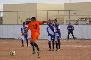 A Primeira Copa Municipal de Caraúbas está sendo disputada por nove equipes, da cidade e da zona rural (Foto: Divulgação).