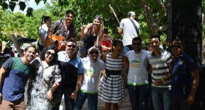 Com os colegas do Circuito das Serras e o apresentador Léo Souza e a dupla Aline e Dayvid, nas gravações do aniversário de 2 anos do Rota InterTV