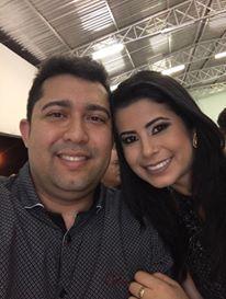 5 – Cleanto Anastácio, aniversariante da segunda, 20, aqui no clique com a esposa Aline Pereira. Felicidades!!!!