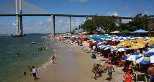 Relatório aponta que, entre as praias da capital, apenas Redinha está impropria para banho