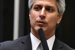 Alessandro Molon coordena a Frente Parlamentar Ambientalista