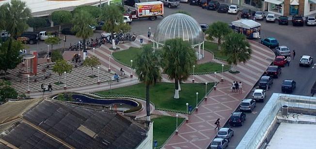 """Bazar terá início às 08h na """"Praça do Pax"""""""