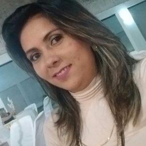 Caliene Bezerra é sim a aniversariante festejada do dia e é claro que desejamos toda felicidade que houver!