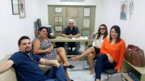 Em reunião no Jornal O Mossoroense com: Dr. Laire Rosado, Márcio Costa, e as colunistas: Josy Maia, Carol Fernandes e Lisana Lima. Achei chique!