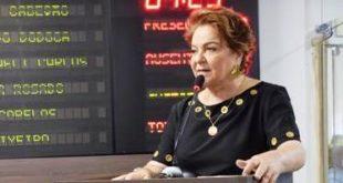 Vereadora Sandra na sessão da Câmara - 28.03.17