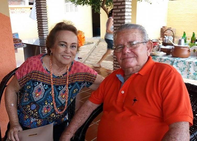 Toinha Pinto e Lacy Gadelha entre os convidados de Chico/Luzia.
