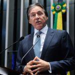 Eunício Oliveira diz que PMDB do Senado deu apoio irrestrito a Temer