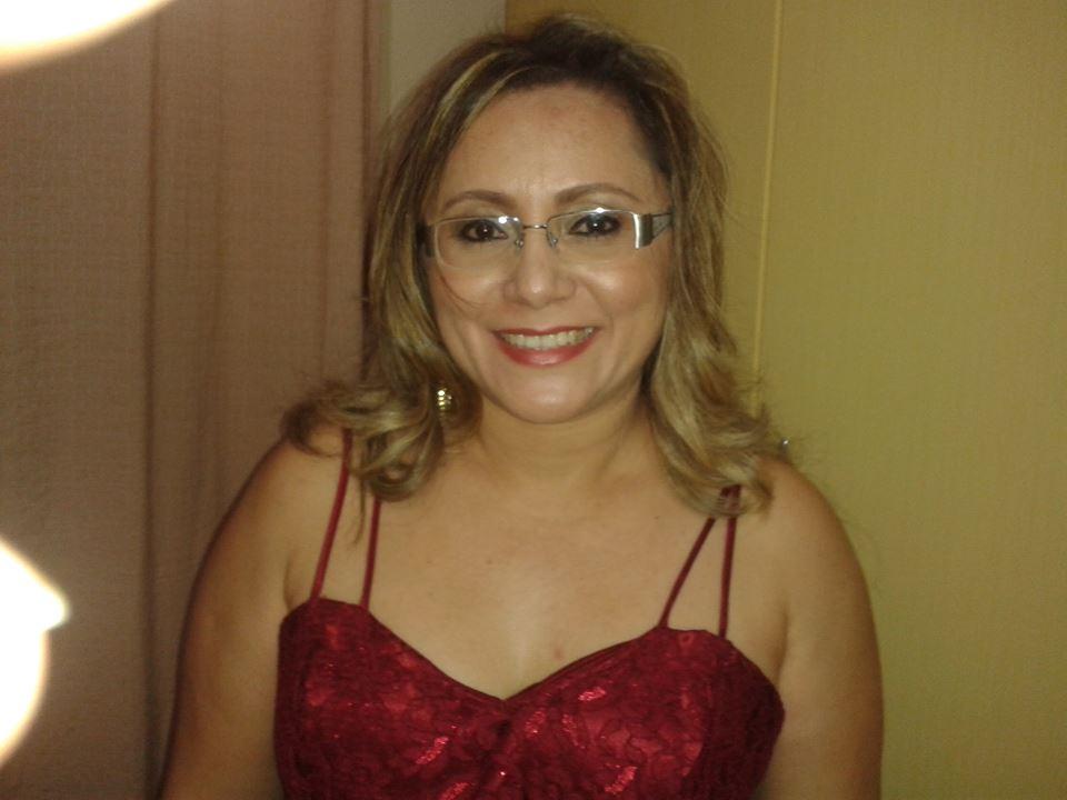 Parabéns neste dia 5 de maio vai para a diretora pedagógica do Campus do IFRN Apodi, Ana Maria Cardoso. Felicidades!