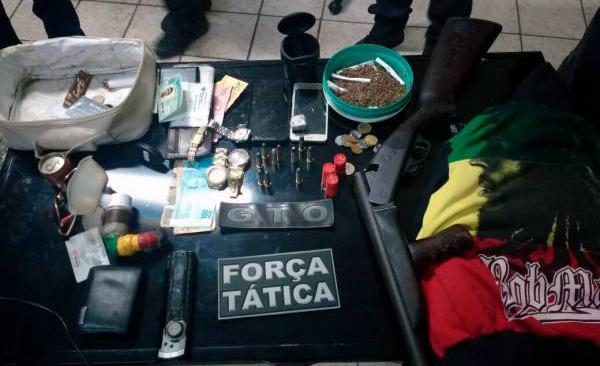 As apreensões ocorreram na rua Vicente Ferreira Duarte, no bairro Belo Horizonte (Foto: Fim da Linha).