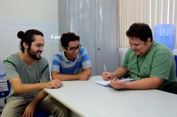 O projeto ROBOX trata de robótica educacional voltado para crianças e adolescentes (Foto: Eduardo Mendonça).