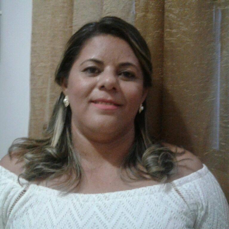 Anivesariante festejada da semana a Secretaria de Administração do Município, Josilene Ferreira para quem renovamos os votos de saúde e paz. Vivas!
