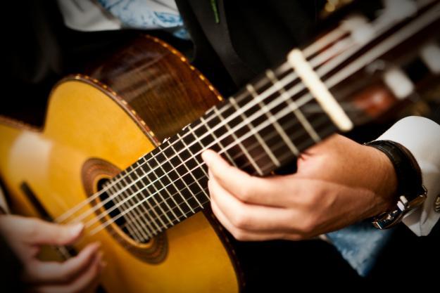 Aula-de-violão-em-BH