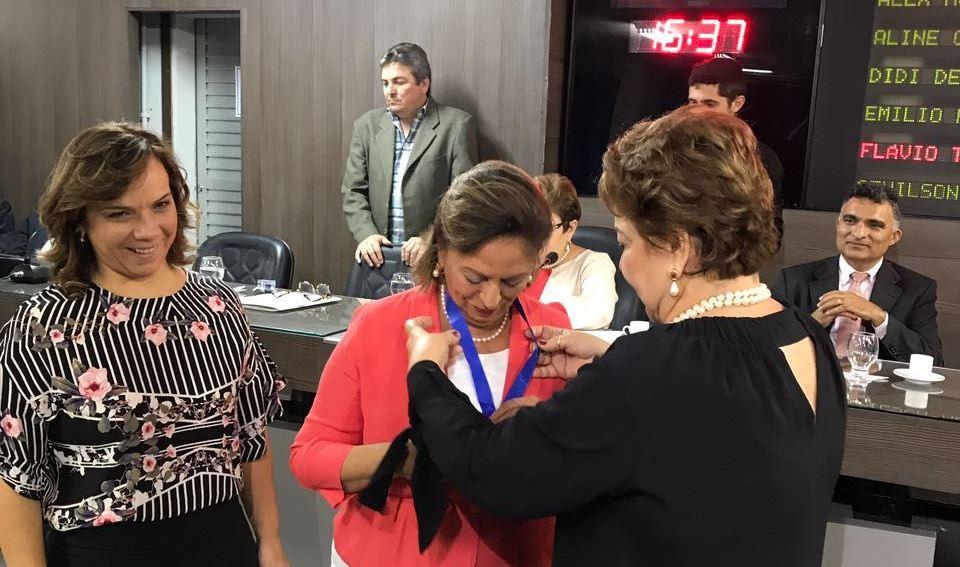Homenagem foi encaminhada pela vereadora Sandra Rosado na tarde desta segunda-feira