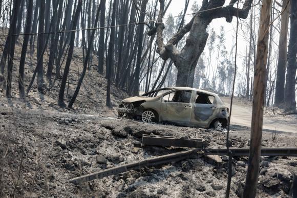 Incêndio florestal de grandes proporções atinge  Portugal Paulo Novais/Lusa