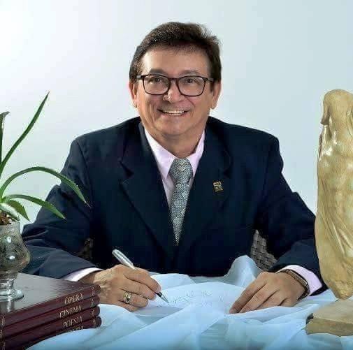 O colunista Lisboa Batista recebe neste sábado a sociedade do Alto Oeste em sua tradicional Festa dos Destaques.