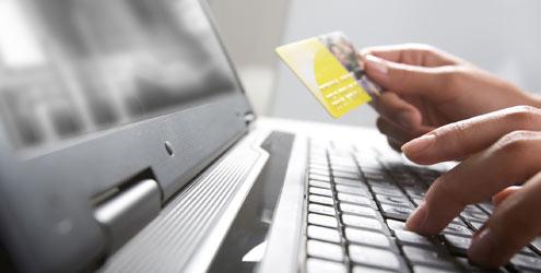 Pesquisa: 43% dos internautas fizeram mais compras online este ano