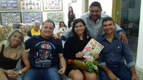 Este Colunista com o Ex-Prefeito Jackson Bezerra e sua herdeira Mayana Bezerra e o Casal Educador Mistênio Bertuleza/Tereza Luiza, no Lançamento da Revista KACTUS.
