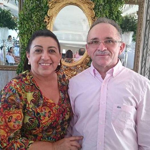 Querida Vilma Solano de Brito é a aniversariante festejada do dia, para ela desejamos toda felicidade que houver. Com certeza o amado Francisco De Assis Brito preparando festa. Parabéns!