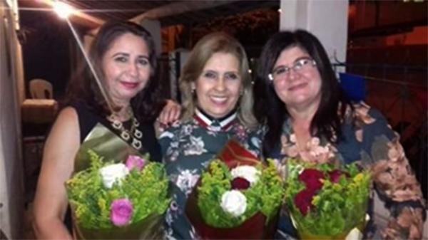 Vice Prefeita Emília Patrícia/Primeira Dama Rita Rodrigues/Sec de Educação Irani Cunha no Lançamento da Revista KACTU'S no Alto do Rodrigues.