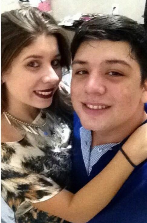 Em tempo, parabenizamos o sobrinho Lucas Wildemberg, aniversariante da terça-feira, 11 de junho, aqui no clique com a namorada Manu Meneses.
