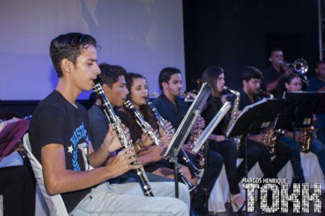 A Banda de Música do Assú sob a regência do Maestro Brita se apresentando na Inauguração do IV Ano de Revitalização do Teatro Pedro Amorim Assú.