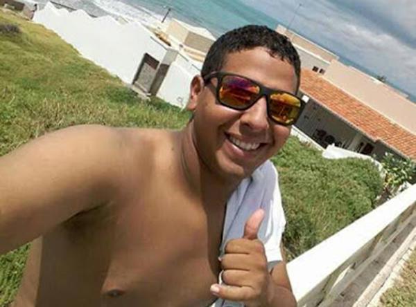 Roniely Nogueira ainda foi levado para o HRTM, mas morreu antes de chegar à unidade.