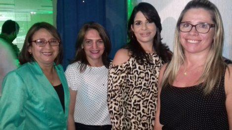 Helenora Costa/Negrina Montenegro/Ana Luiza Leite e a Conferencista a Assistente Social da IX Conferência de Assistência em Assú.