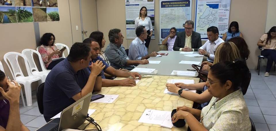 """Reunião foi convocada para discutir nova etapa do programa """"Água Doce"""""""