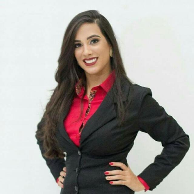 A jovem Jéssica Rocha, concluinte do Curso de Direito, celebrará a conquista ao lado dos amigos e familiares, no sábado, na AABB de Pau dos Ferros. Parabéns!