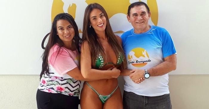 Os empresários Kaliane Silva e Paulo Silva recebendo a Ex-Panicat Nicole Bahls no SPA Corpo Bronzeado.