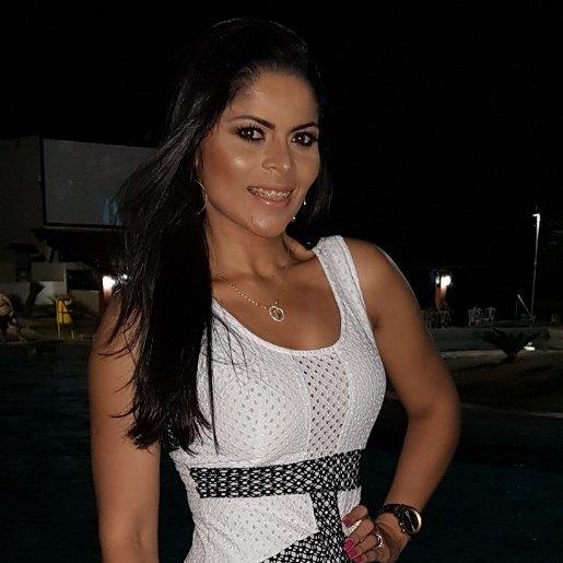 Alegria, alegria! Amanhã a festa é toda para a amiga diva Heloísa Fernandes, muito sucesso e muita luz!