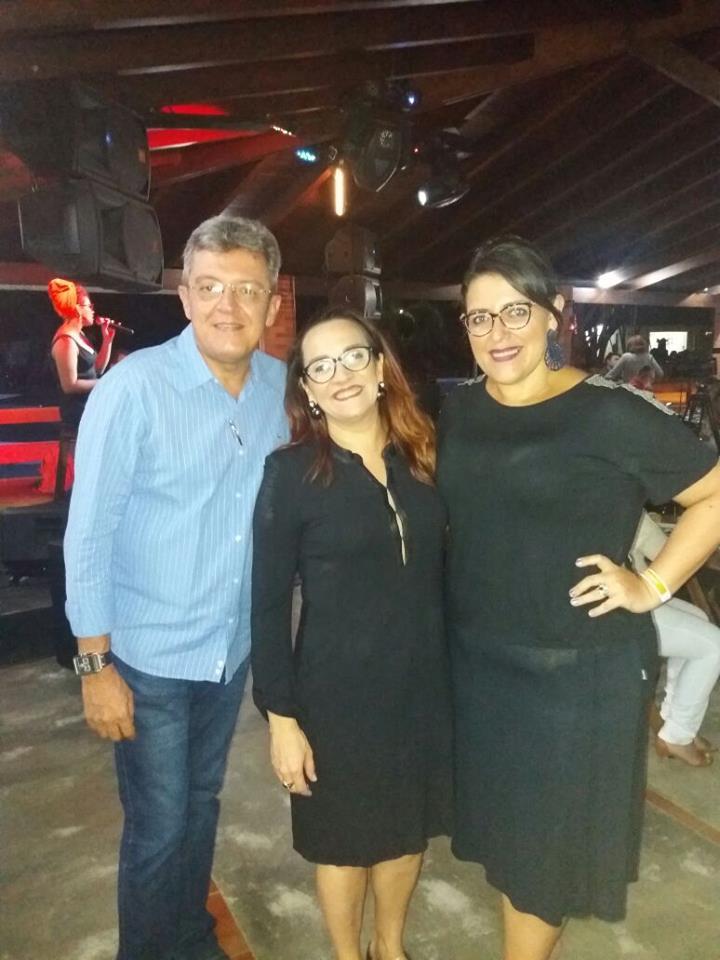 No lançamento do Fest Bossa e Jazz o querido Sérgio Chaves, com Katharina Gurgel e Josy Maia. Adoro!