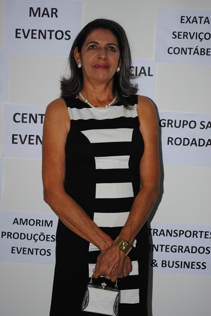 Alinhada Liduina Odete Cunha amanheceu de idade nova e nós desejamos felicidades mil!