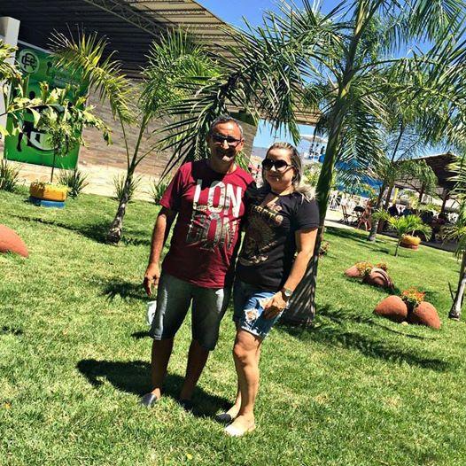 Edson com a esposa Anna Maia. Ele aniversariante do domingo passado. Parabéns e felicidades!!!