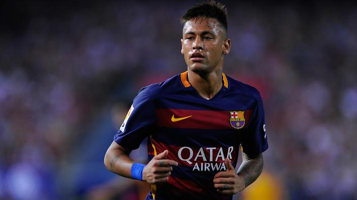 No dia do título francês, PSG vence Monaco e volta a contar com Neymar