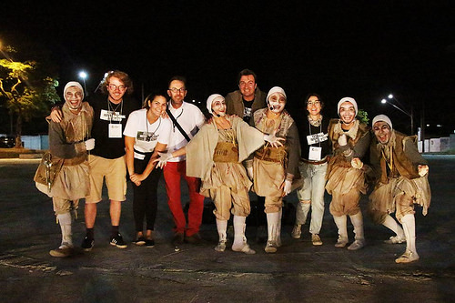 A apresentação começa às 19h e faz parte das comemorações dos 13 anos do Teatro Dix-Huit Rosado.