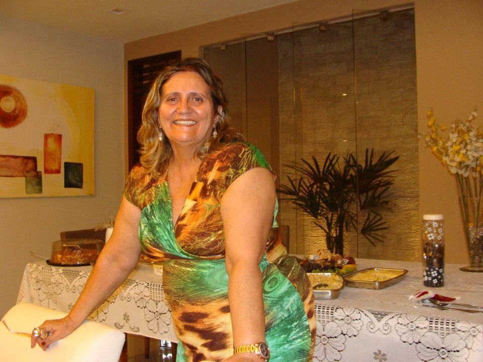 Mais uma vez Ana Áurea fica na direção e coordenação do evento Nossa Patota Anos 70 que promete mais um ano de grande sucesso.