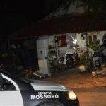 Sucateiro é perseguido e morto dentro de casa no Costa e Silva