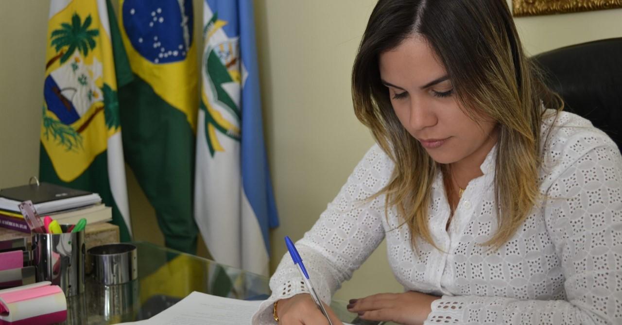 Nayara Gadelha cumprirá agenda em Brasília na segunda-feira