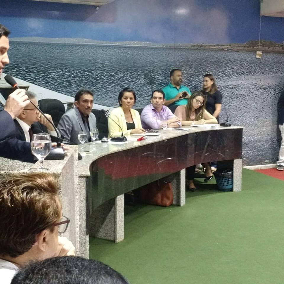 Prefeito Gustavo Soares ao lado de Auxiliares prestigiam Audiência Pública para tratar de Segurança Pública no Município do Assú.