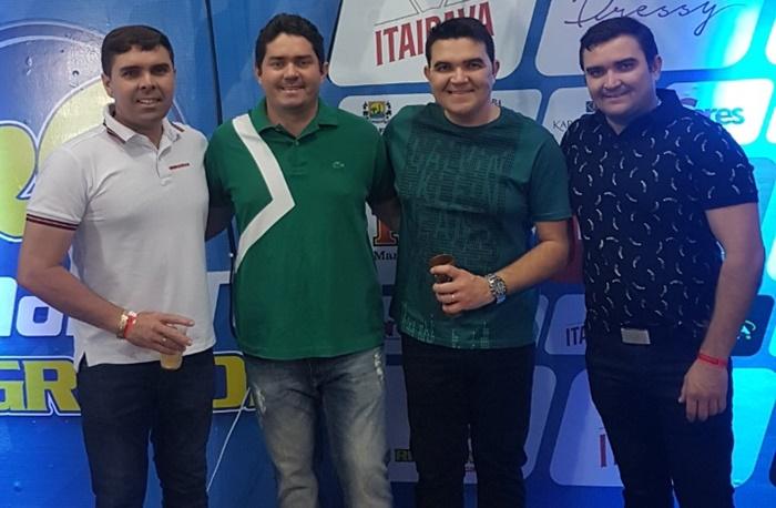 Gomes Filho, Ewerton Laércio, Rômulo Régis e Paulinho Gomes felizes com o sucesso da parceria que resultou no sucesso do Camarote Rio Grande.