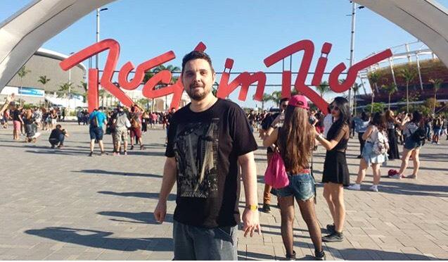 É tempo de Rock in Rio! E o amigo Márcio Costa marcando presença em mais uma edição do evento.