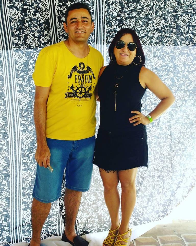 Prestigiando Cácio Santos a queridona Rita Braga direto dos Mossorós Chique!