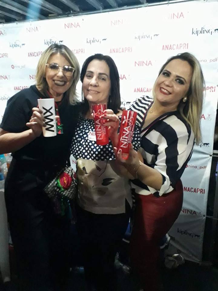 Visitando o camarote da loja NINA, parceira da Giro & Moda, tive o prazer de encontrar além pediatra e empresária sócia da loja NINA,Kaliane Melo a querida Marta Vera e Marillac Souza.