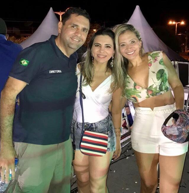 O Diretor do Jaguarfest, Paulinho Guedes também caiu na folia ao lado da linda Patricia Chaves e de sua esposa Gilmaria Guedes.