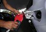 Preço do diesel e da gasolina tem nova redução neste sábado