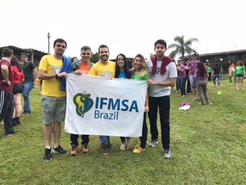 Os estudantes do curso de Medicina da Ufersa receberam o Certificado Internacional de Treinadores do IFMSA Brasil